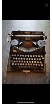 Triumph Schreibmaschine antike