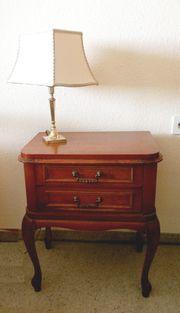 Nachttisch Chippendale Stil englische Klassik