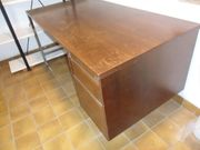 Schreibtisch mit Schubladenblock