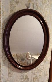 ovaler Wandspiegel