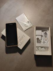 Samsung Galaxy A3 2016 mit