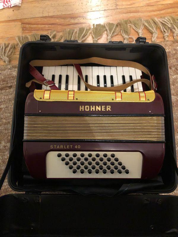 Akkordeon Hohner Starlet 40
