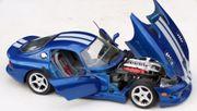 Bburago Dodge Viper GTS Coupé