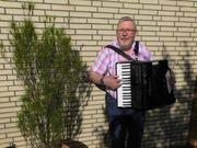 Live-Musik - Akkordeon-Ständchen Balkonkonzert zum Geburtstag