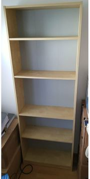 Bücherregal zu verschenken
