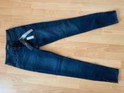 Tigha Jeans Größe 27