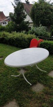 Gartenbank Stuhl und Tisch