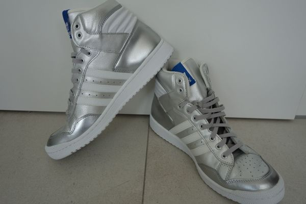 ADIDAS PRO CONFERENCE HIGH SILBER
