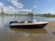 Motorboot Sportboot mit Trailer 40
