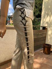 Hose mit seitlichem Lederband Gr