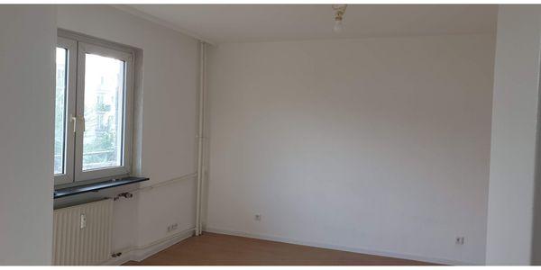 1 5 Zimmer Wohnung frisch