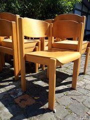 Stühle stapelbar