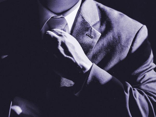 Gentleman-Kavalier Escort für die Dame