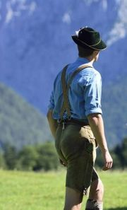Netter Bartmann sucht Handwerker Trachtler