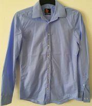 Schickes blaues Seidensticker-Hemd
