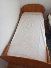 SALE Vollholz-Bett 200x90 incl Lattenrost
