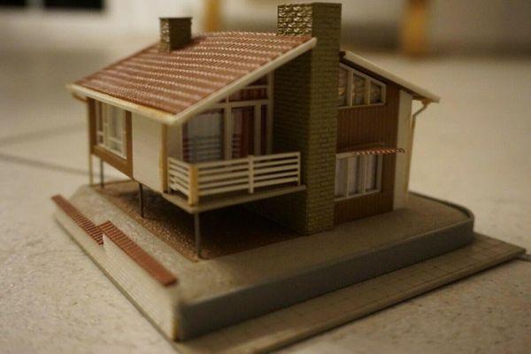 Haus für Modellbahn HO 1