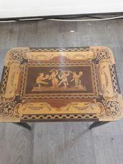 Antiker Spieluhr Tisch