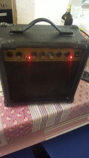 verkaufe lem guiter amplifier s15rg