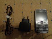 Nokia E72 - Businesshandy mit vielen