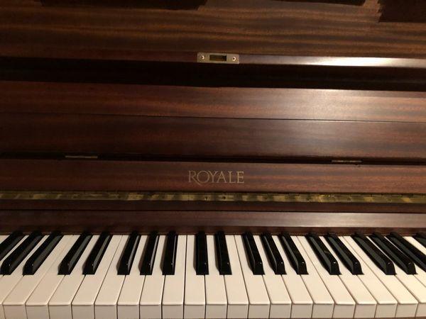 Klavier Royale - Top Zustand sehr