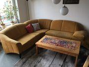 Couch mit Flecken