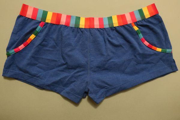 Verkaufe 2 neue ungetragene Unterhosen