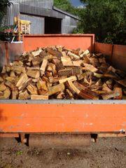 Holz Brennholz Kaminen Feuerholz Trocken