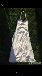Hochzeitskleid von Heine