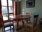 Holztisch rund mit 4 Stühlen