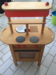 Kinderküche aus Holz mit Zubehör