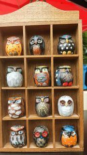 Setzkasten mit 12 kleinen Keramik
