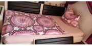 Tolles modernes Bett 100x200 cm