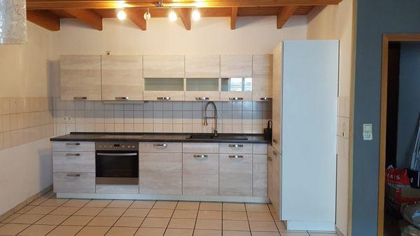 Küche inkl Geräte 2700 EUR