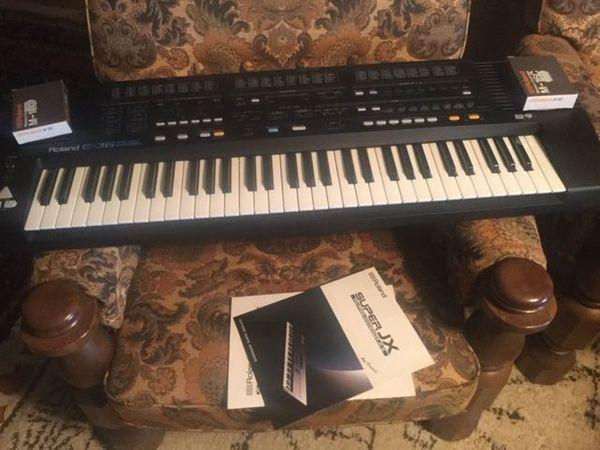 Synthesizer Roland E 36 intelligent