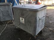 Mülltonne aus Stahl