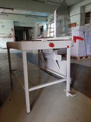 Professionelle Hebelschneidemaschine mit Untergestell Ideal