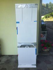NEUER Liebherr Einbau Kühl-Gefrierschrank