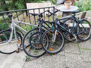 Fahrräder an Bastler
