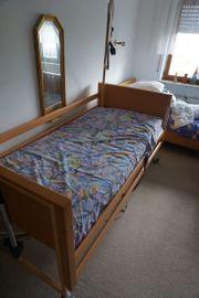 Pflegebett Krankenbett Seniorenbett elektrisch verstellbar