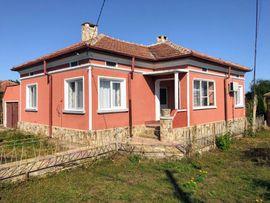 Ferienimmobilien Ausland - Schönes Haus in Bulgarien 30Min