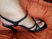 Tolle High Heels Lack schwarz