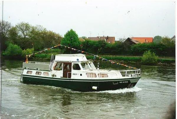 Motorboot Altena OMEGA V