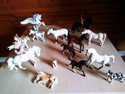 Schleich Pferde und Hunde