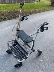 Rollator- Gehhilfe