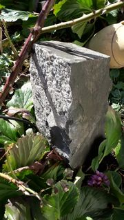 Springbrunnen Stein echter Stein - kein