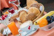 Frühstücksservice oder Housekeeping