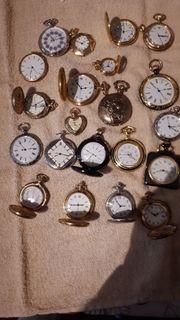 Taschen Uhren mit Vitrine