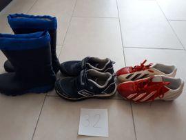 Schuhe, Stiefel - Kinderschuhe Schuhgröße zwischen 20 und