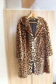 Damen-Mantel im Leo-Look Dessin